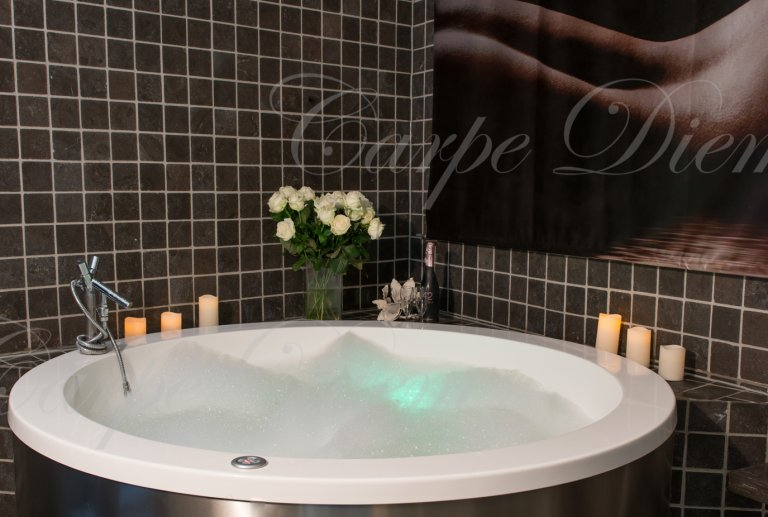 erotische massage den haag salon carpe diem